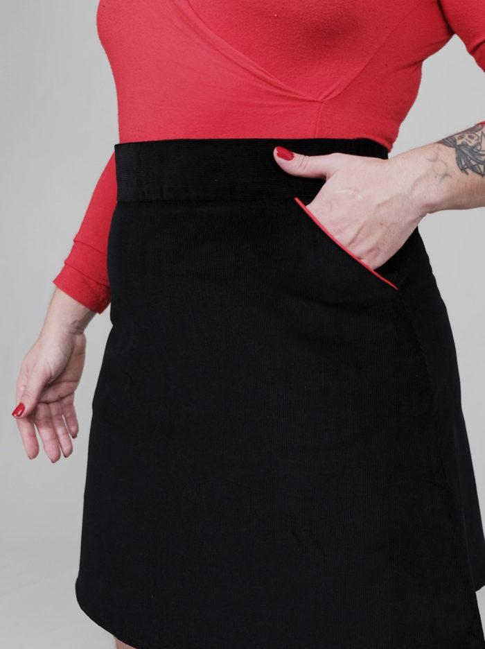 LAbelalyce jupe jeff courte trapèze taille haute taillehaute poche passepoil noir rouge unie rock pinup chic basique noire velours cotelé velours fin coton 1