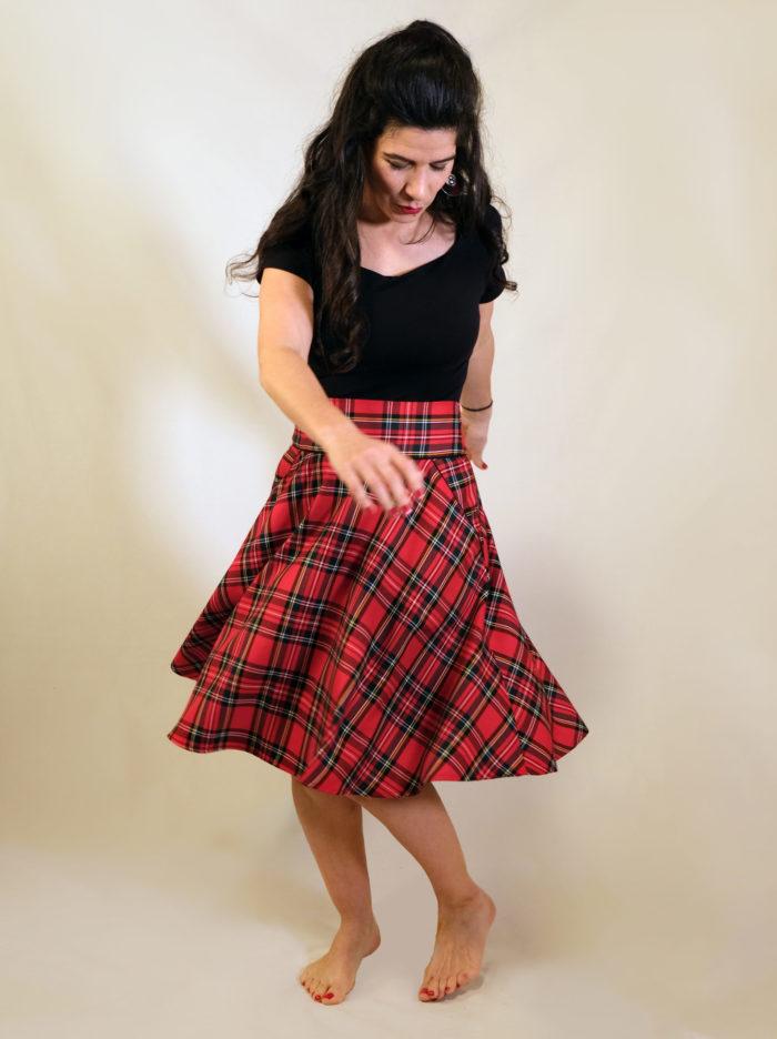 Labelalyce jupe Fonzy ecossaise rouge taillehaute rock punk pied