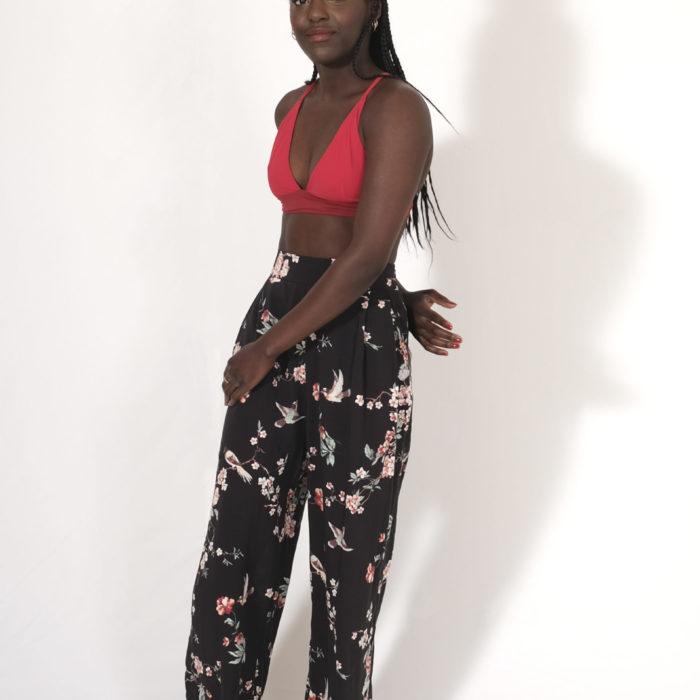 OSIRIS : pantalon noir avec fleurs de cerisiers 100% viscose